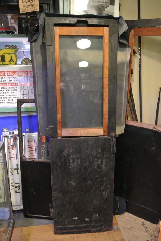 画像4: 乗務員室扉(C58-2)